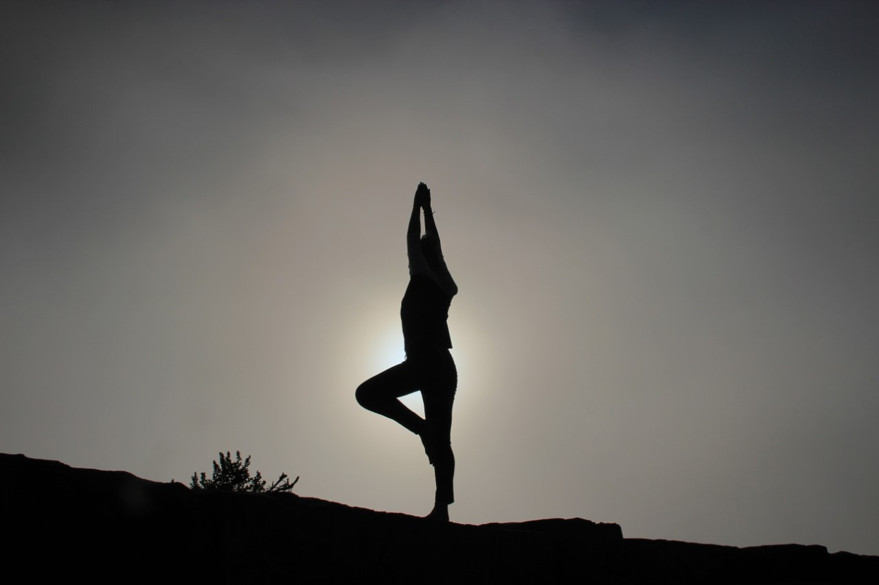 yoga pose yvelines